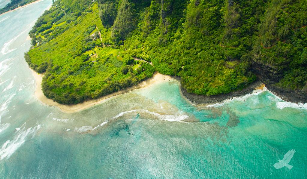 Kauai Best Beach Bars