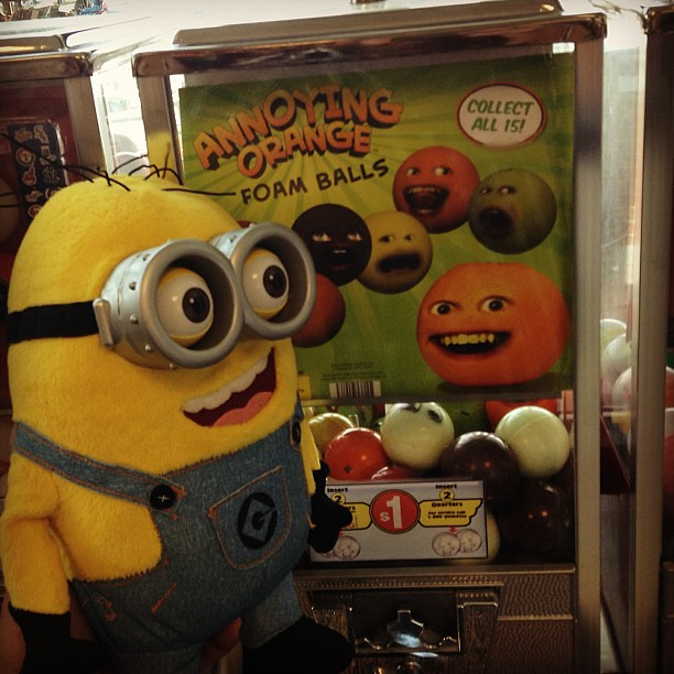 Holy Crap! Minion Dave ffinds a Vending Machine filled wit ...