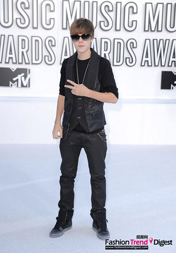 Justin Bieber fashion evolution
