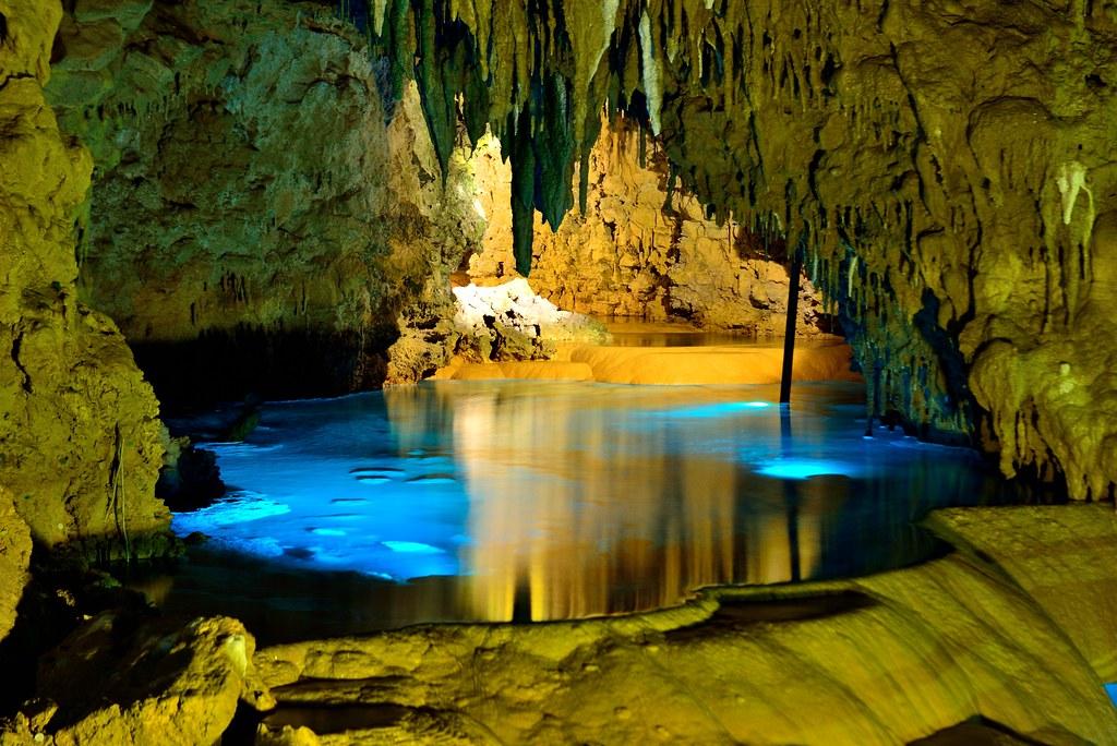 沖繩玉泉洞 Gyokusendo Limeston Cave Okinawa Japan 位於日本沖繩縣南