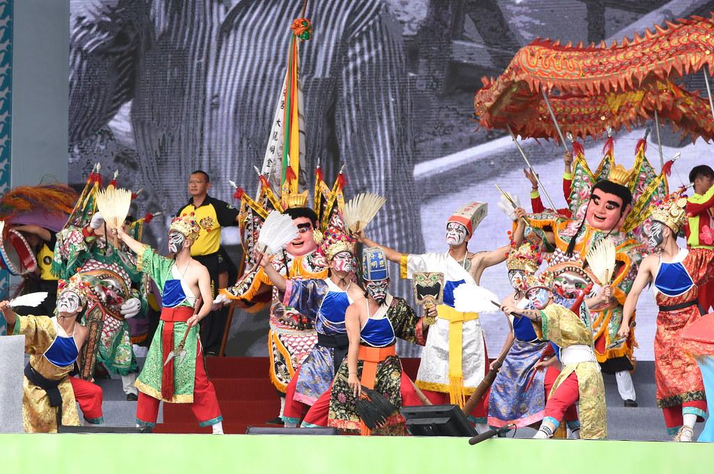 「台灣之光」的表演採用大量民俗元素。(攝影:宋小海)