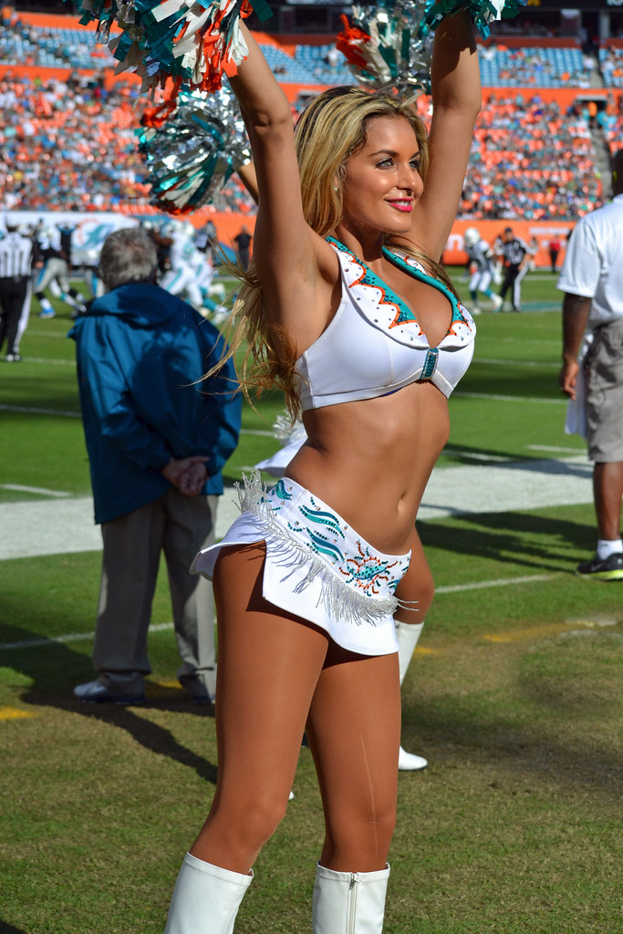 HD wallpapers hottest nfl cheerleaders pictures Page 2