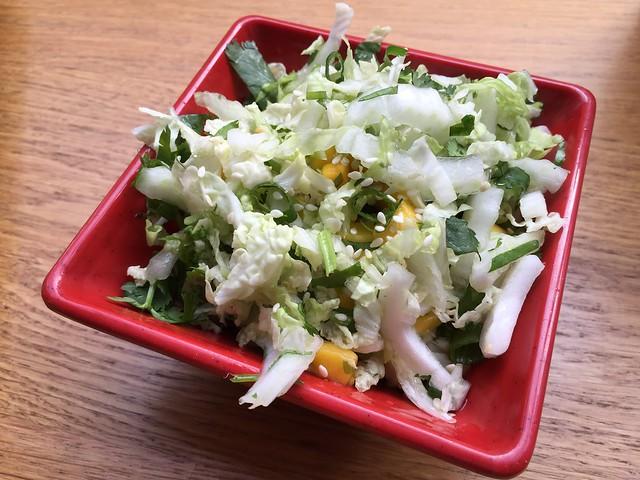 Mango sesame salad - Bun Mee