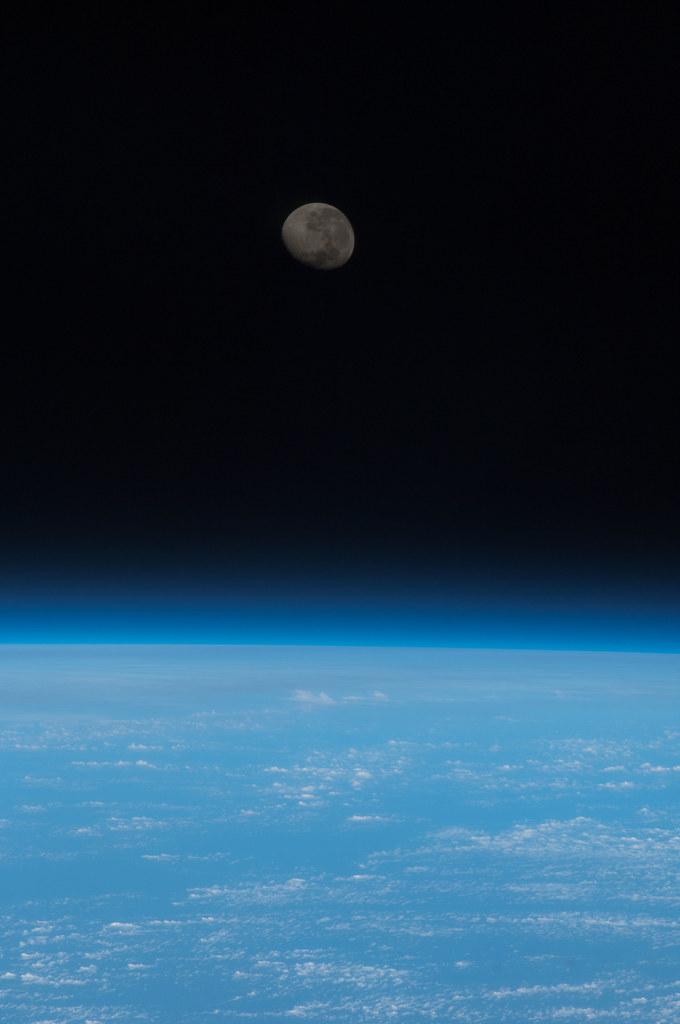 Waning Gibbous Moon Over Earth (NASA, International Space ...