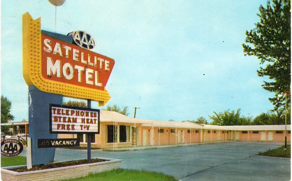 satellite motel springfield mo 2305 n glenstone. Black Bedroom Furniture Sets. Home Design Ideas