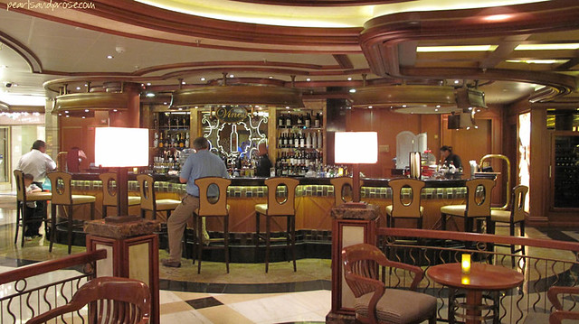 cruise_lounge_web