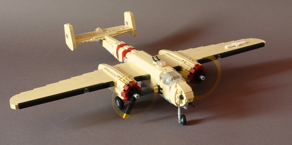 B 25h engine start up it 39 s finished tan parts were reall flickr - Lego avion de guerre ...