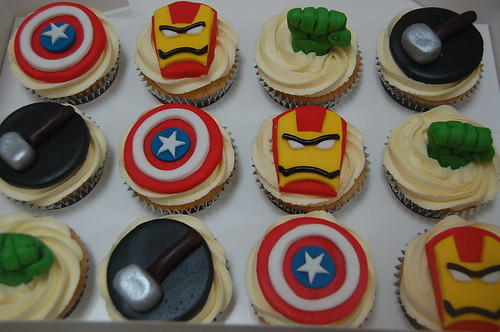 Cool Marvel Avengers Cupcakes Beautiful Birthday Cakes Funny Birthday Cards Online Alyptdamsfinfo