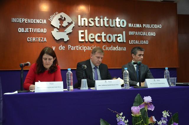 """Presentación del libro """"Manual para la elaboración de sentencias, justicia electoral cercana a la ciudadanía"""" 27 junio 2016"""