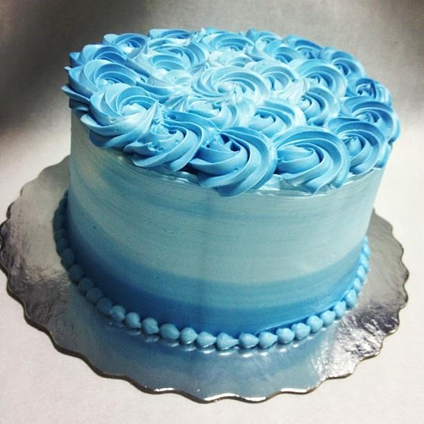 Birthday Cake Decorating Simple
