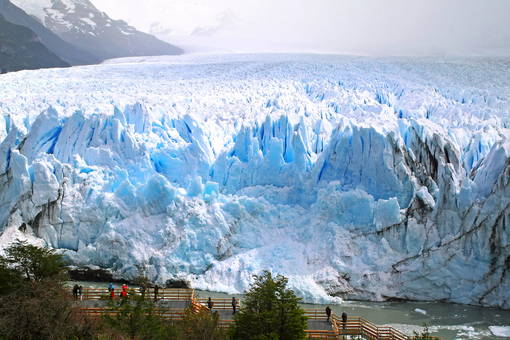 how to get to perito moreno glacier car