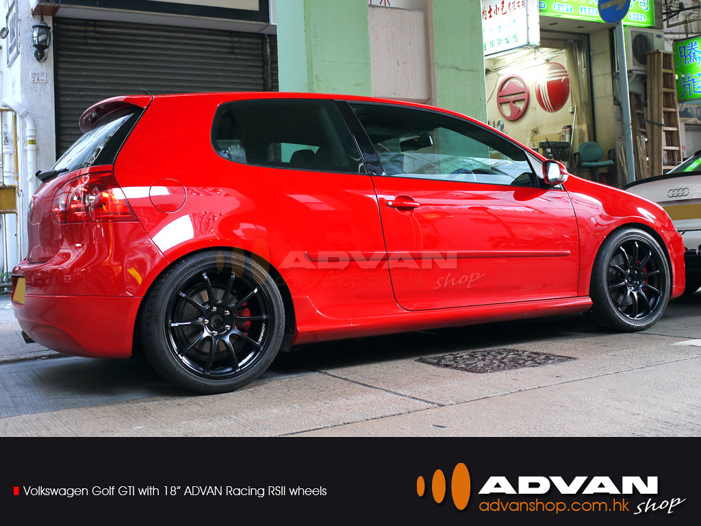 "VolksWagen Golf GTI with 18"" ADVAN Racing RSII wheels 