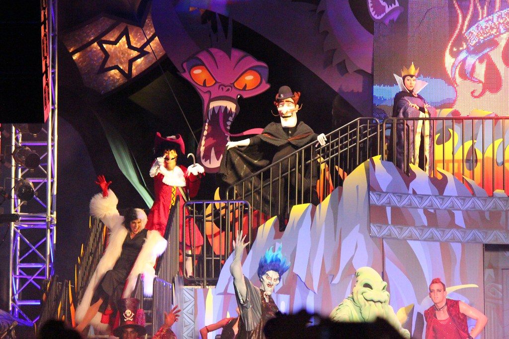 Walt Disney >> Unleash the Villains Limited Time Magic at Walt Disney Wor… | Flickr