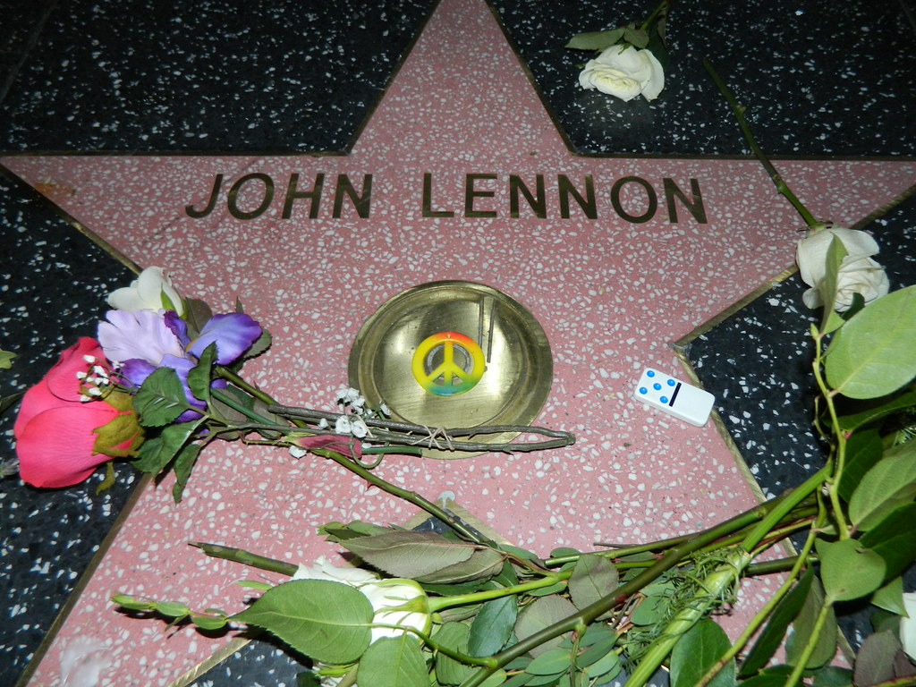 Resultado de imagem para Lennon Hollywood Walk of Fame Star