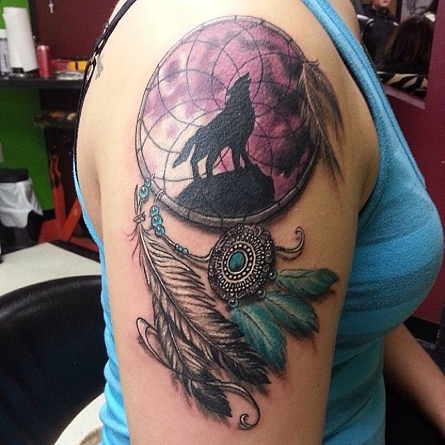 dreamcatcher feathers wolf color colortattoo tattoo. Black Bedroom Furniture Sets. Home Design Ideas