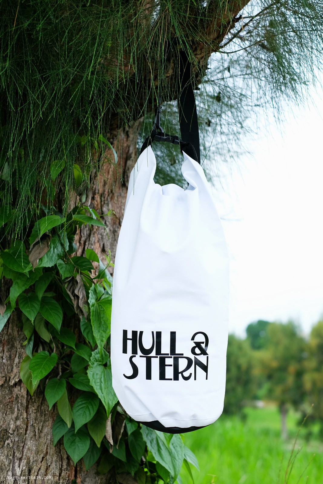 27754467090 6eb0ab3a52 h - A heavy case of wanderlust + Hull & Stern Adventure bag giveaway!