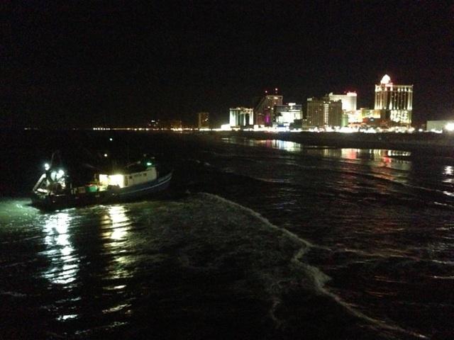 Fishing vessel runs aground off atlantic city the for Atlantic city fishing