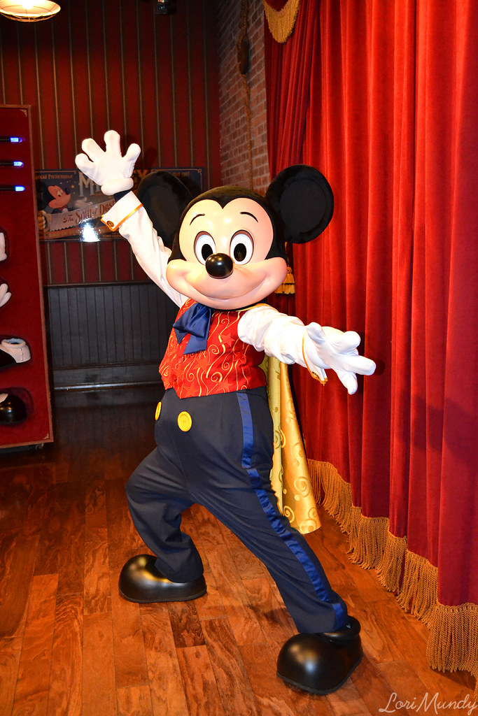 Talking mickey mouse if youd like to share my pictures p flickr m4hsunfo Images