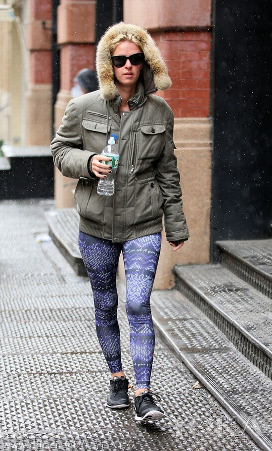 Local time on January 26, 2015, New York, Nicky Hilton appeared in the streets