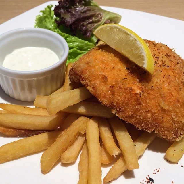 Salmon fish chips breaded deep fried golden brown for Breaded pan fried fish