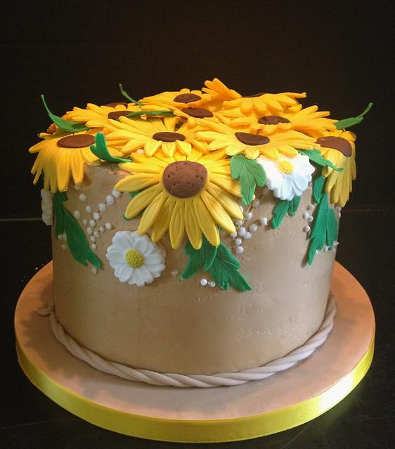 Sunflower Birthday Cake | Flickr - Photo Sharing!