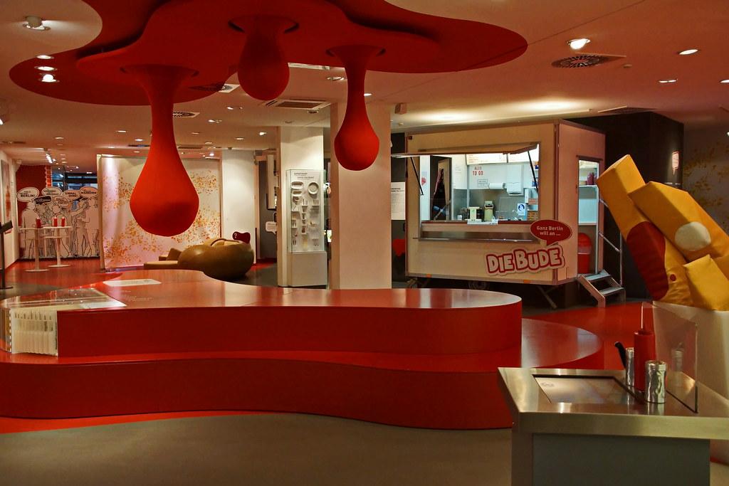 deutsches currywurst museum berlin das deutsche. Black Bedroom Furniture Sets. Home Design Ideas