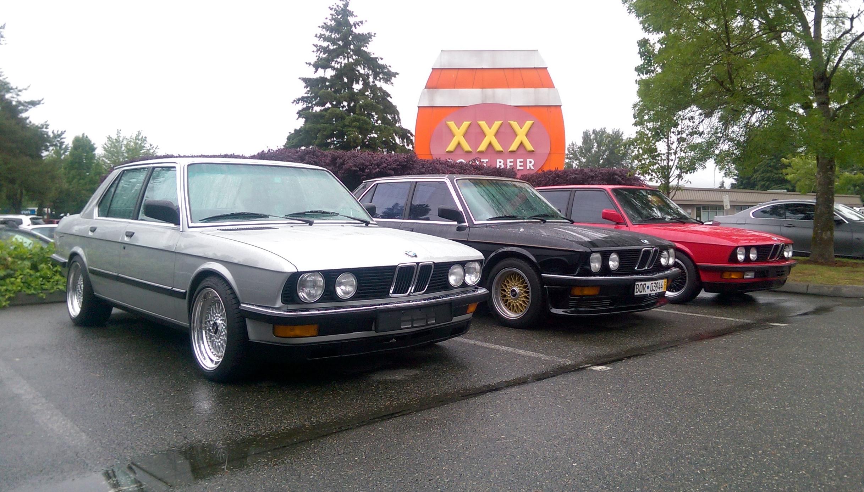 Petrolhead Bros Three Euro Converted Bmw E28 5 Series 82 S52 83 533i 87 535is At Xxx Burgers Bmws Today Oc 2435 X 1388