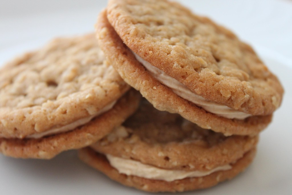 Peanut Butter Sandwich Cookies With Peanut Butter Molasses ...