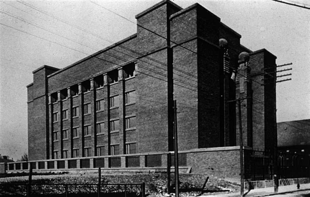 Larkin Building Frank Lloyd Wright Frank Lloyd Wright's L...