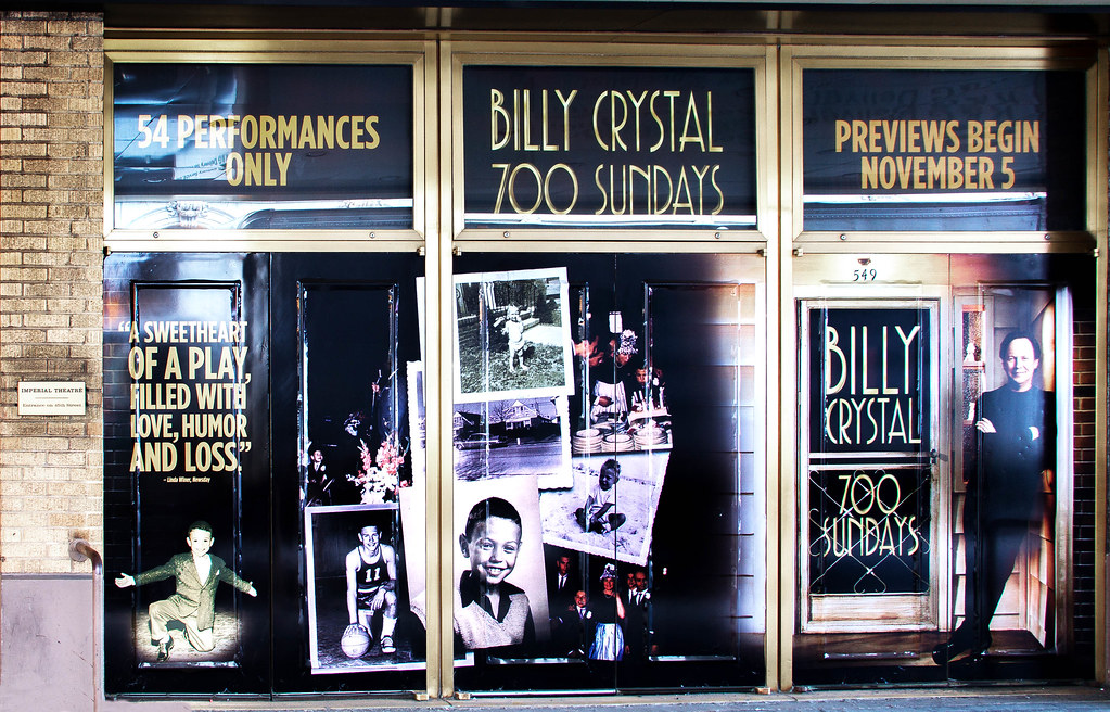 Billy Crystal Tour With Bonnie Hun