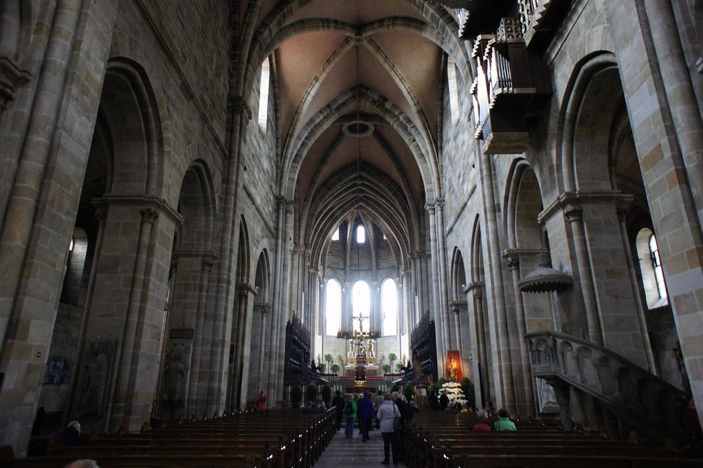 Bamberg interior | Bamberg cathedral, interior shot down the ...
