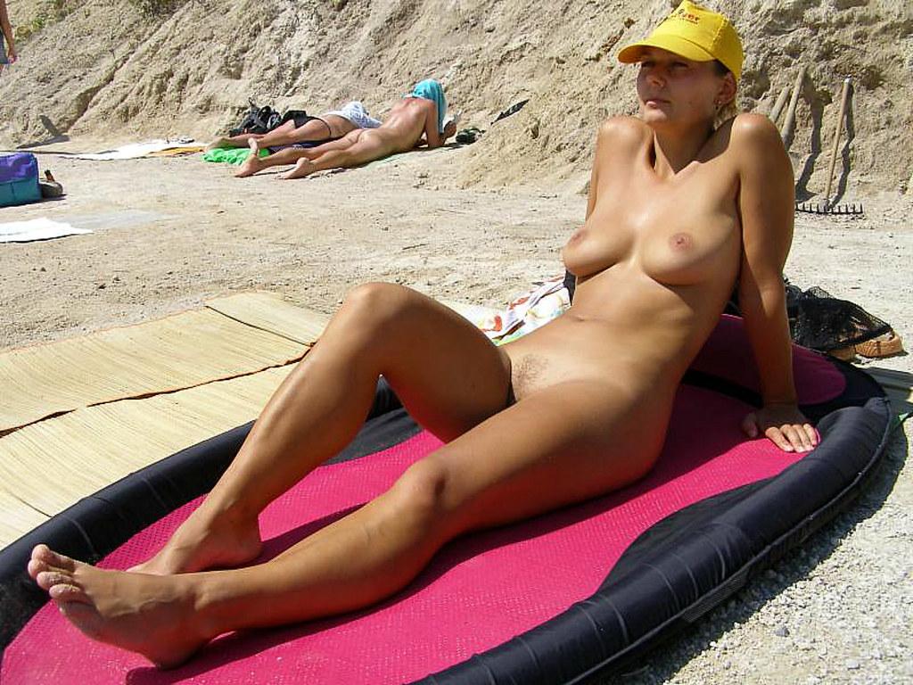 Nudistlog
