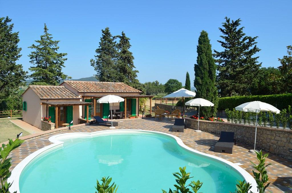 Villa toscana villa in toscana con piscina divina for Berg piscine toscana