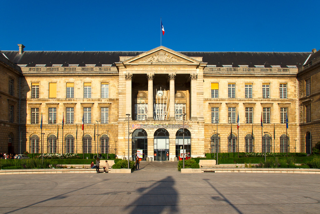 Hotel De Ville Les Sables D Olonne Logement Municipal