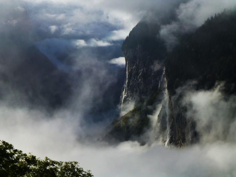Lauterbrunnen fog