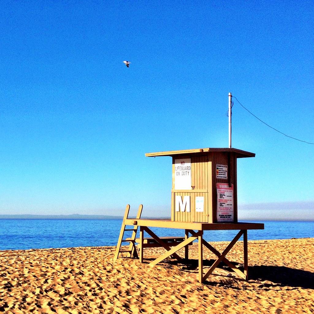 Newport Beach Lifeguard Drowns