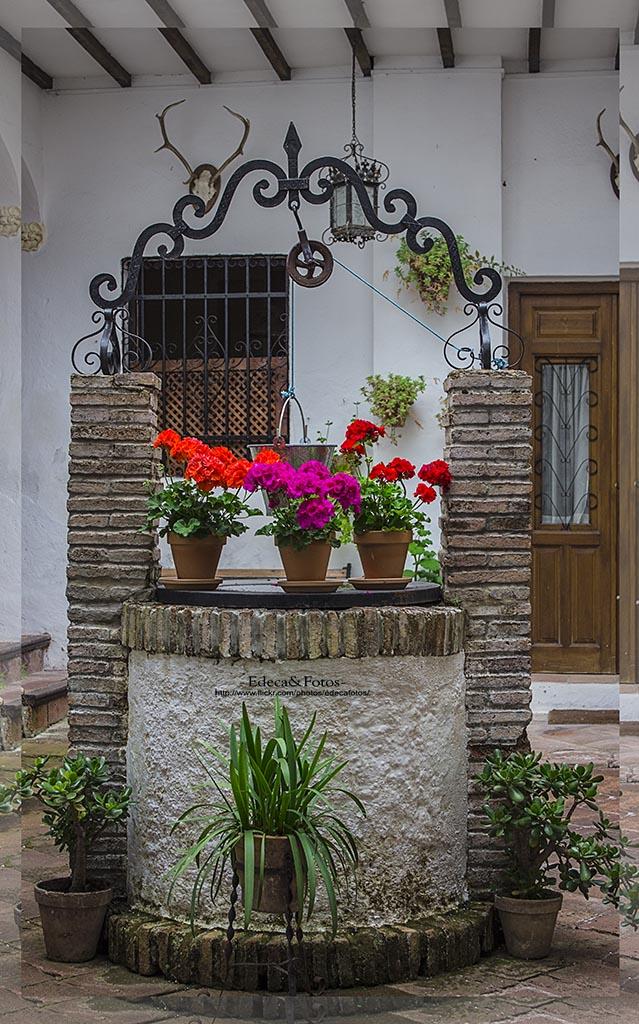 Pozo en un patio andaluz edeca fotos flickr - Fotos patio andaluz ...