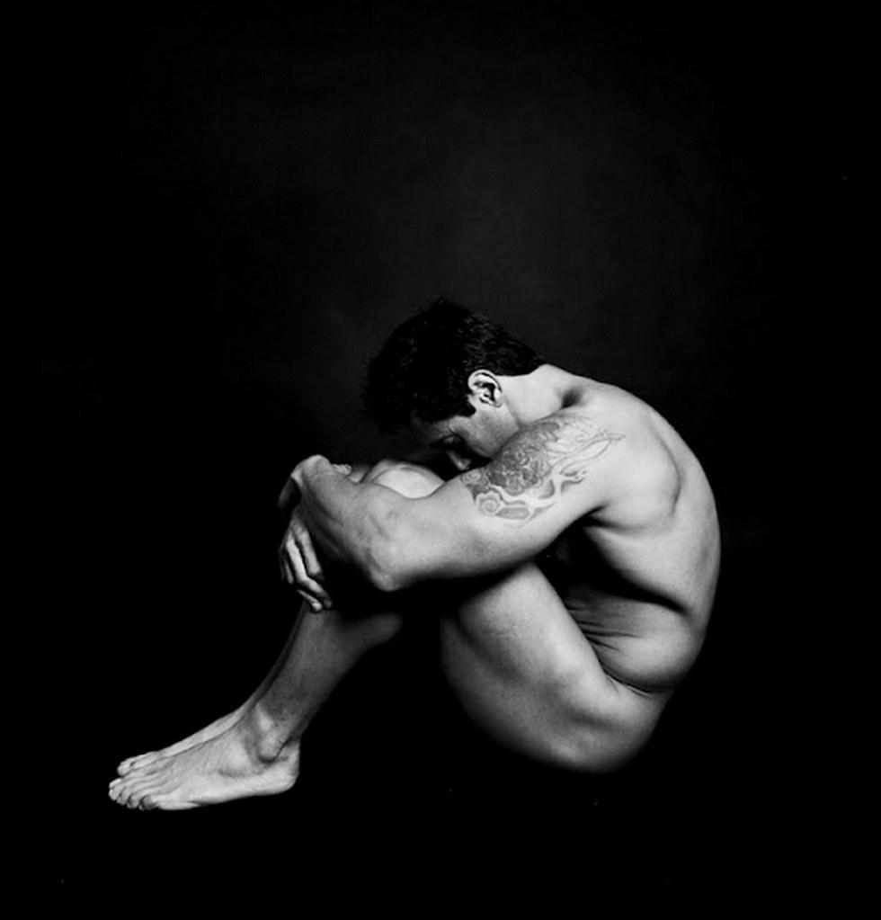 Fotos de enano desnudos masculinos gratis