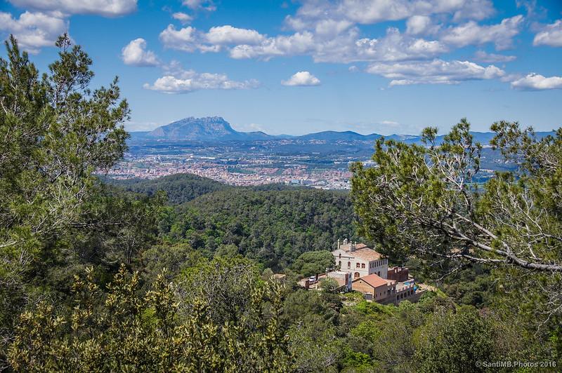 Can Valldaura y Montserrat