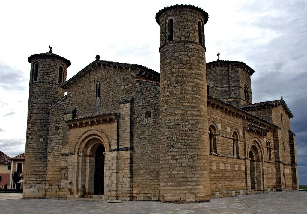 Iglesia romanica de san martin fromista palencia 7639 flickr for Interior iglesia romanica