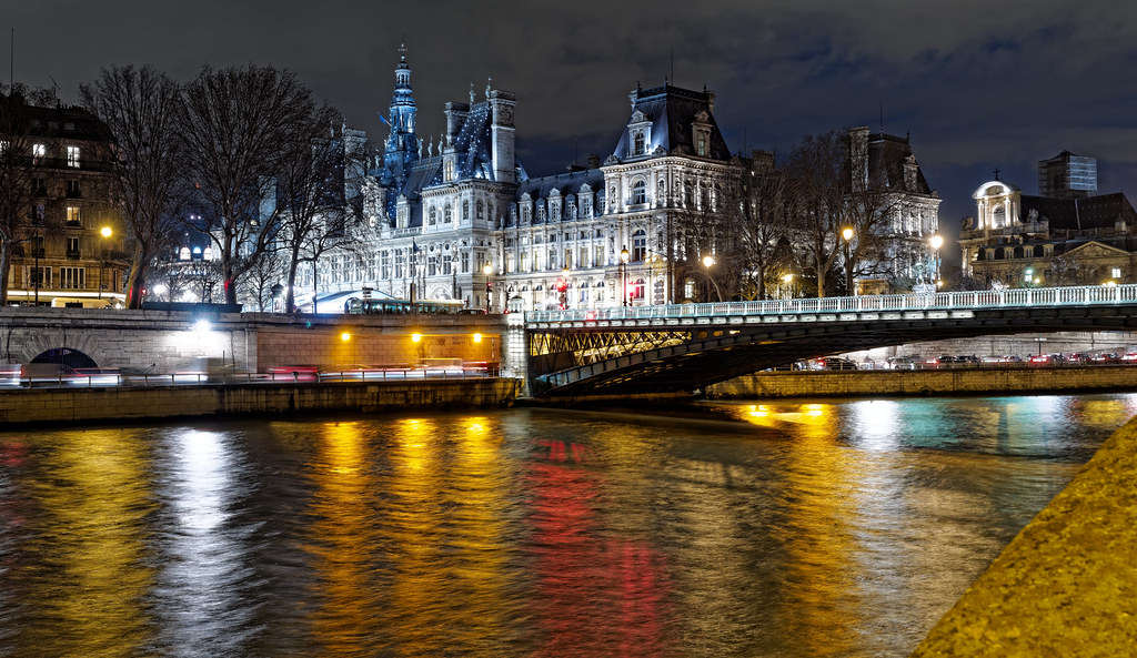 vue de l 39 h tel de ville de paris depuis les quais de seine flickr. Black Bedroom Furniture Sets. Home Design Ideas