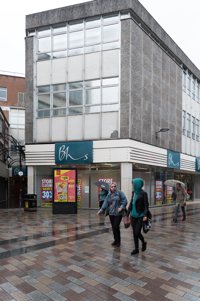 Bhs Closing Down Sale In Belfast This Is Really Sad For A