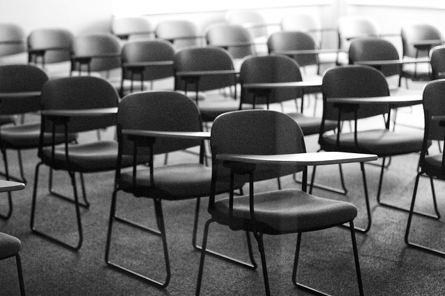 Training Room Chairs With Wheels