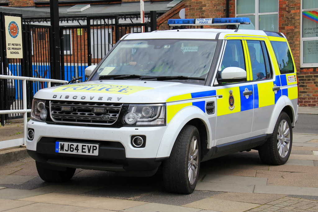 2016 Land Rover >> Royal Navy Police Land Rover Discovery 4 Patrol Vehicle | Flickr