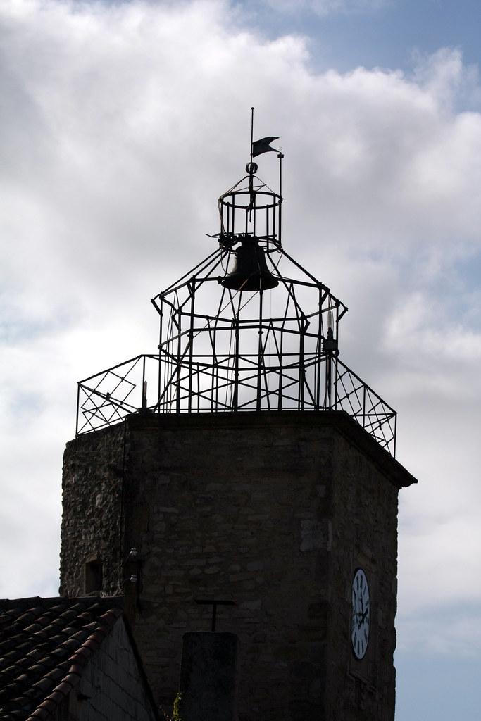 Campanile de lan on provence campanile de lan on de type flickr - Campanile salon de provence ...