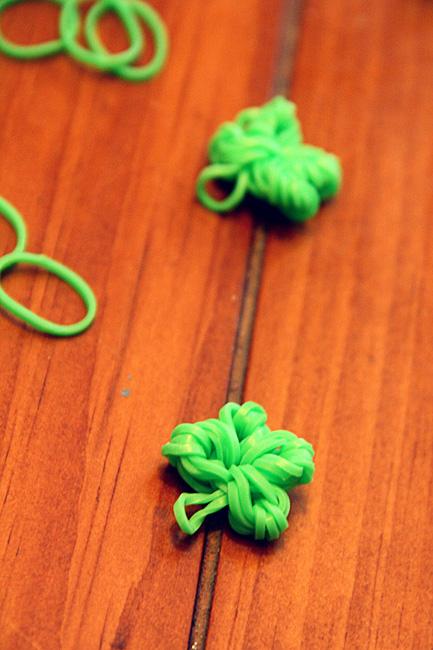 Close-up-of-clover-leaf-2