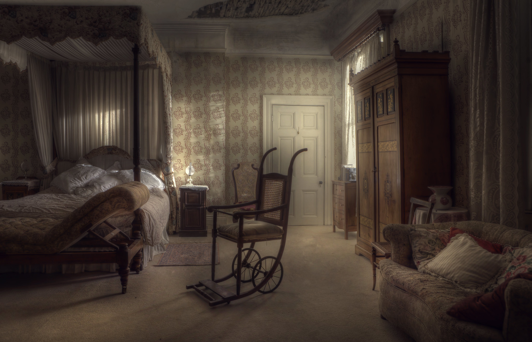 A musty bedroom. Photo by Andre Govia.