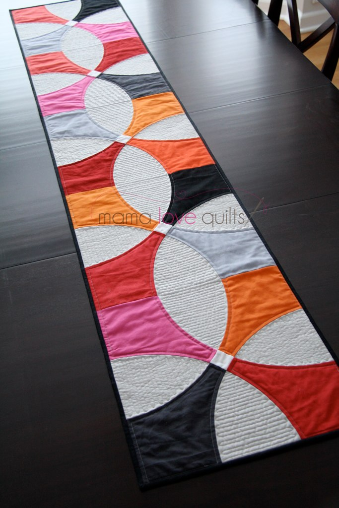 Modern Patchwork Winter 2014 Table Runner Blogged At