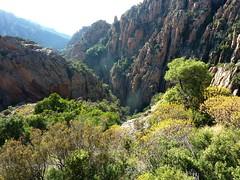 Calanques de Piana avec le canyon de Dardu