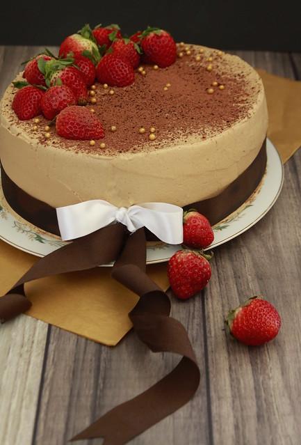 Admirable Vegan Red Berry Tiramisu Cake Layer Cake Parade Funny Birthday Cards Online Necthendildamsfinfo
